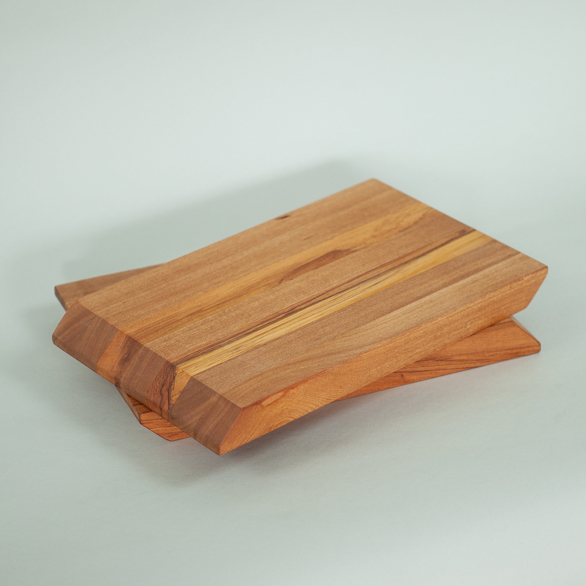 Rimu Blade Runner Serving Board