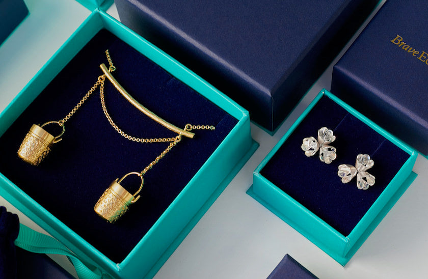 Brave Edith gold necklace and silver earrings in Gift Boxes