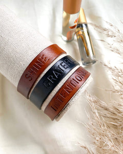 One Word Personalized Leather Bracelet