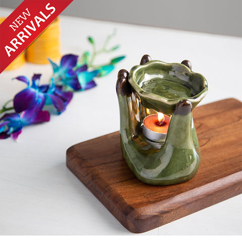 Hand Shaped Oil Burner With Two Fragrance