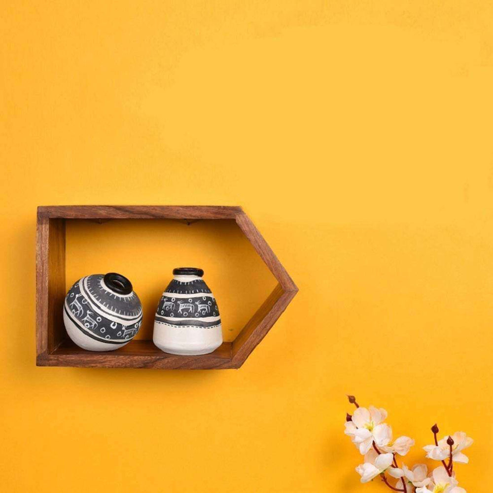 Wall Mounted Wooden Wall Shelf With Terracotta Vases | Decorative Vases With Wall Showcase - artystagallery
