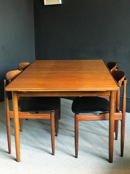 Kofod Larsen for GPlan extending table and 4 chairs