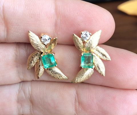 earrings in gold with diamonds and emeralds