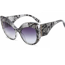 Load image into Gallery viewer, True Sass Snakeskin Pattern Big Cat Eye Sunglasses