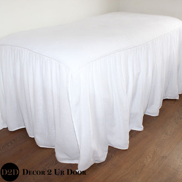 "30"" White Linen 2-in-1 Skirted Coverlet"