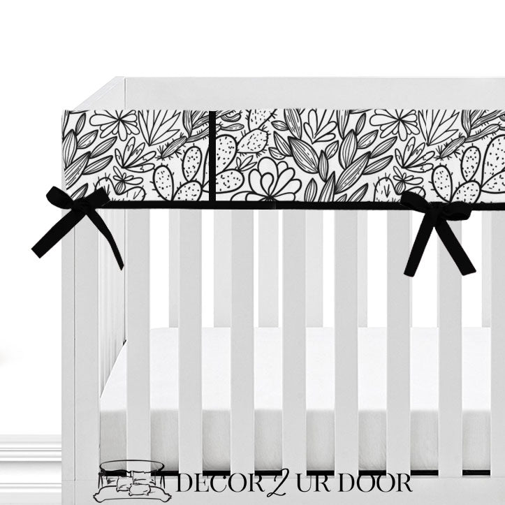Black & White Cactus + Succulents Bumperless Crib Bedding Set