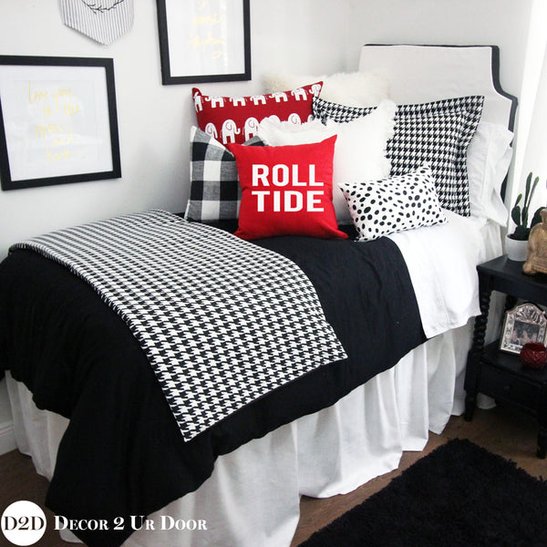 Black and White Houndstooth Bed Scarf