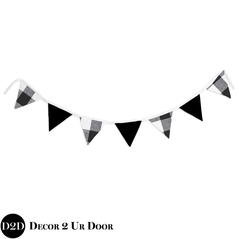 Black & White Gingham Plaid Wall Fabric Pennant Banner