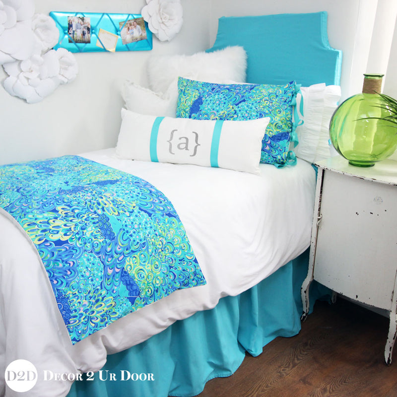 Lilly Peacock Bed Scarf
