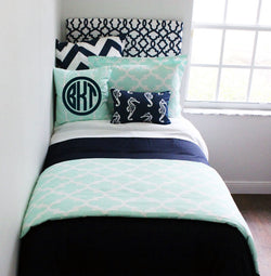 Mint & Navy Nautical Pillow Set