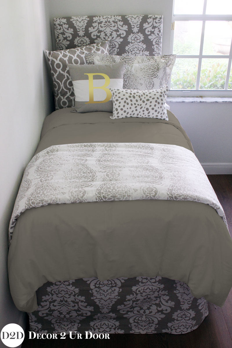 Taupe & White Pillow Set