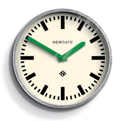 the luggage clock newgate green hands