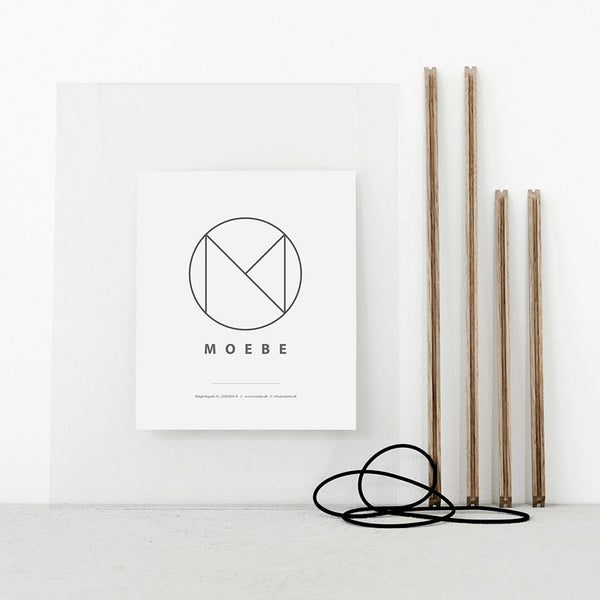 Moebe transparent frame in oak