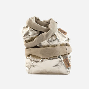 Uashmama washable paper bag sand platinum  shown with smalll medium and large sizes