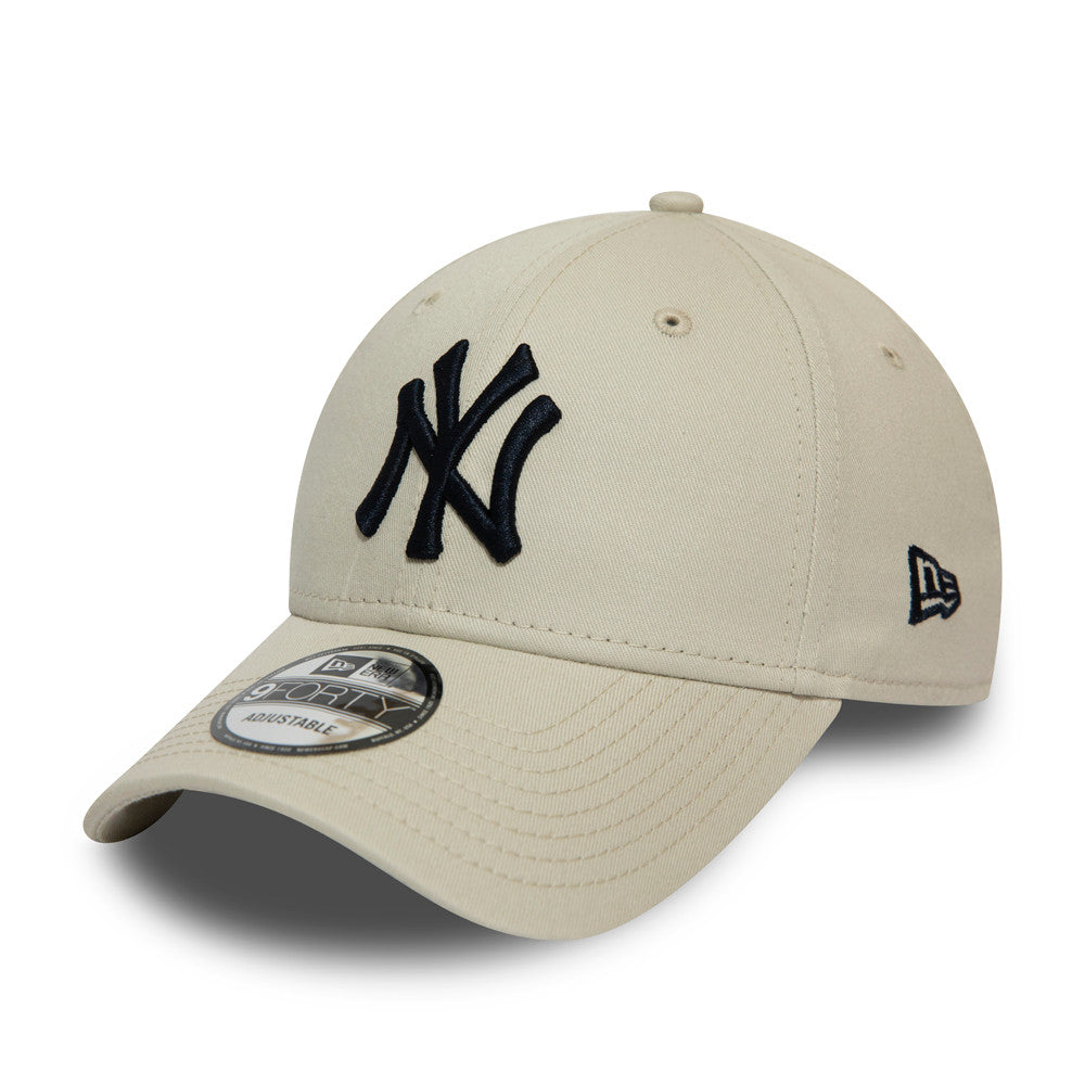 Casquette 9Forty beige broderie noire New York Yankees ajustable eighteen 18