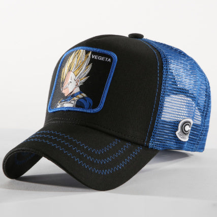 Casquette Dragon Ball Z distribuée par Eighteen Clothing 18 de couleur noire. Personnage DBZ Vegeta