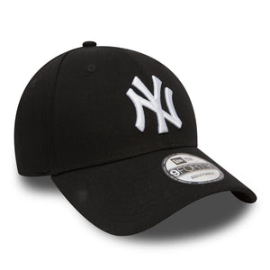 Casquette New York Yankees Essential 9Forty Noir Eighteen Clothing 18