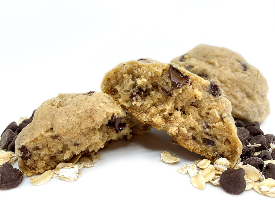 oatmeal + chocolate chip cookie