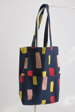 Load image into Gallery viewer, Gunilla tote bag