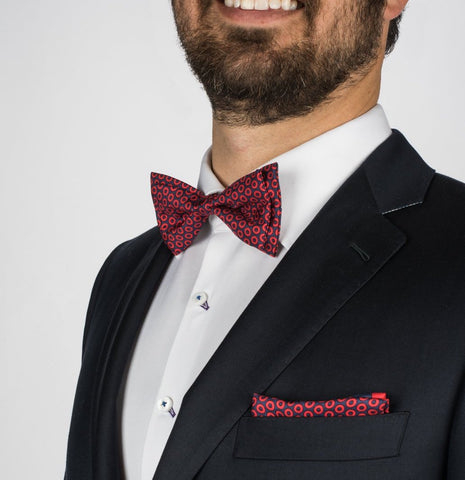 sec. 119 donut phish bow tie pocket square