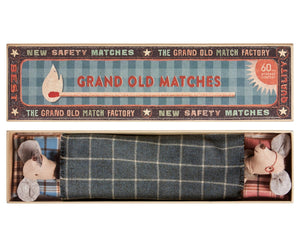 GRANDAD AND GRANDMA MOUSE IN MATCH BOX