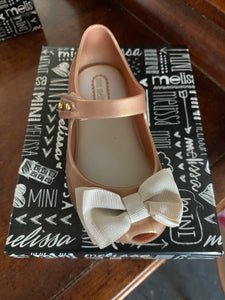 MELISSA GOLD SIZE 7 ONLY