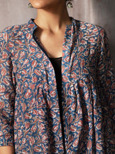 Load image into Gallery viewer, ARNO | Gathered Jacket - Creative Bee