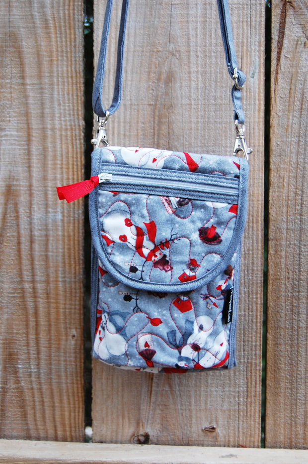 Mini Crossbody Bag | Snowman | Stitchpaint