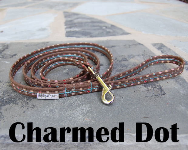 Charmed Dot Dog Leash 5/8"