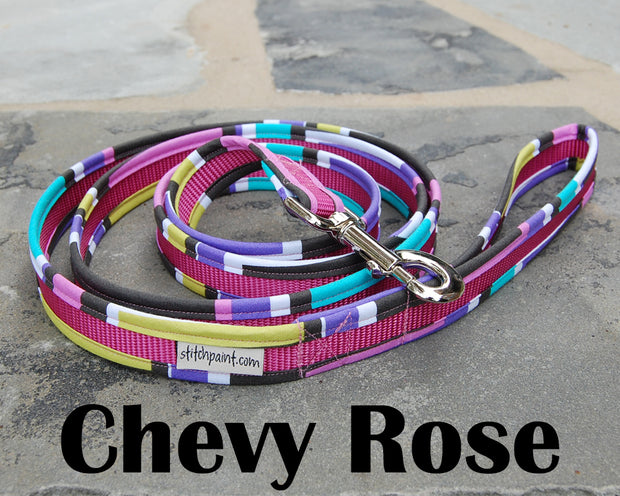 Chevy Rose Dog Leash 1"