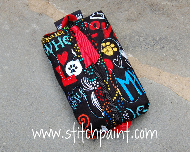 Zip Pocket Tissue Case | Dog Love Fabric | Stitchpaint