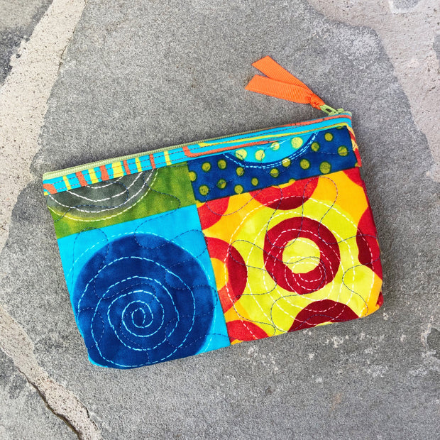 Small Zipper Pouch | Quilted Fabric Zipper Case | Stitchpaint | Simple Marks