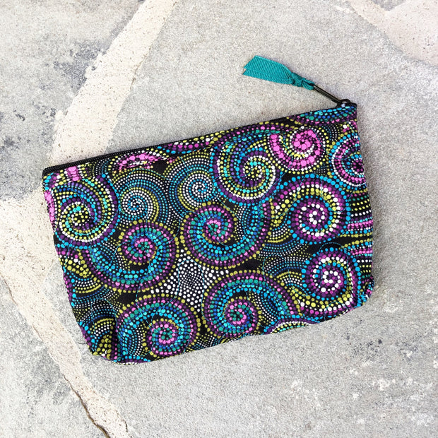 Small Zipper Pouch | Quilted Fabric Zipper Case | Stitchpaint | Kaleidoscope