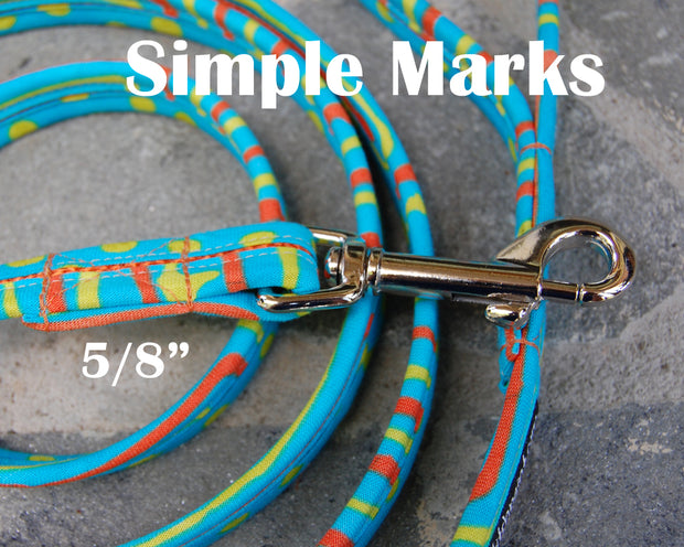 Simple Marks Dog Leash 5/8"