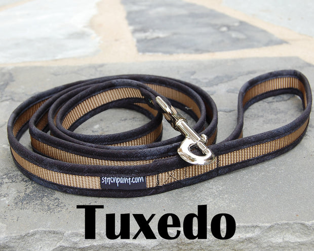 Comfortable Dog Leash | Stitchpet | Tuxedo