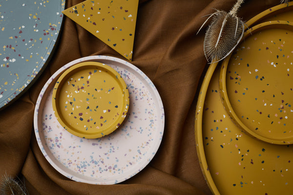 Pottery - COLOURS THAT CURRENTLY RESONATE