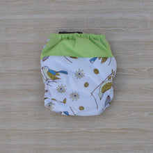 Load image into Gallery viewer, 100% Bamboo Microfibre Newborn Cloth Nappy - Birds