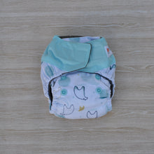 Load image into Gallery viewer, 100% Bamboo Microfibre Newborn Cloth Nappy - Polar Bear
