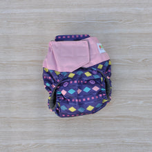 Load image into Gallery viewer, Bamboo Microfibre Newborn Cloth Nappy - Purple & Pink