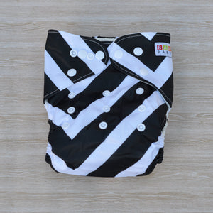 Bamboo Cloth Nappy Black & White