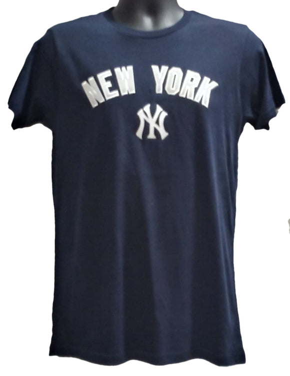 T-SHIRT HOME FIELD                       YANKEES