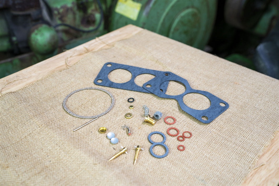 Economy John Deere Carburetor Kit