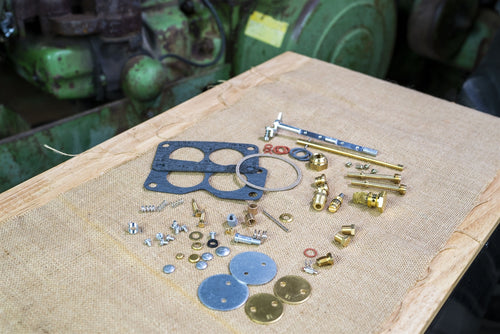 Comprehensive John Deere Carburetor Kit: DLTX82