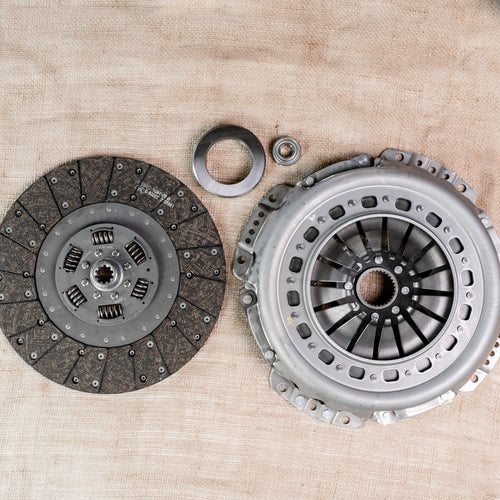 Ford Clutch Kit: 13