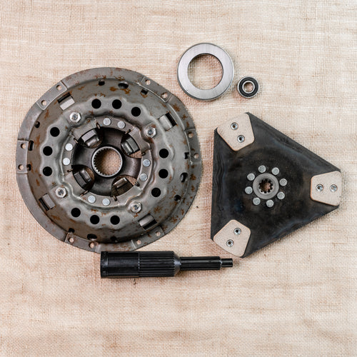 Ford Clutch Kit: 11