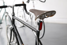 Load image into Gallery viewer, Knog Blinder MOB Mr Chips V Rear Light