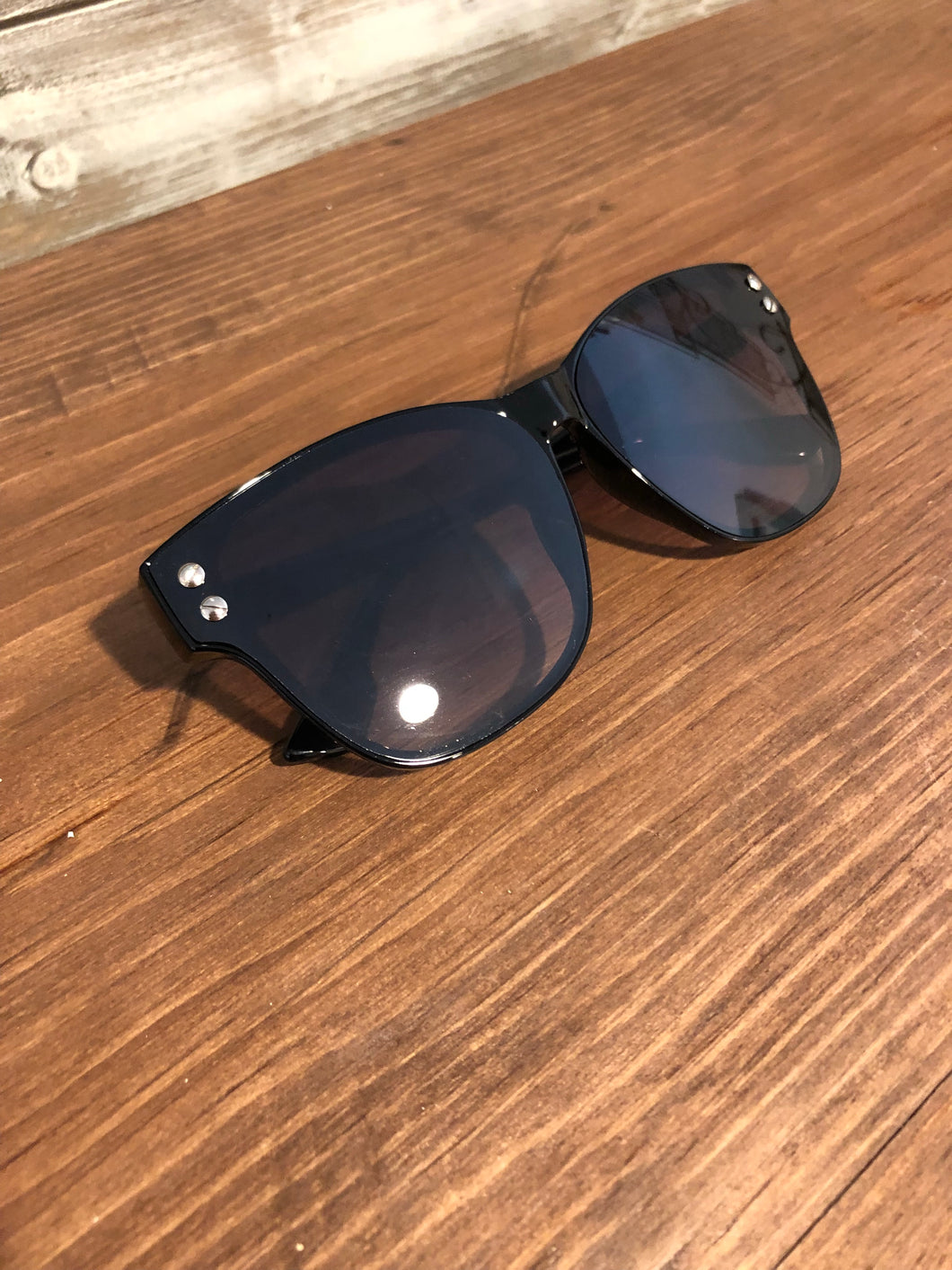 Large Tinted Glasses w/ Side Hardware