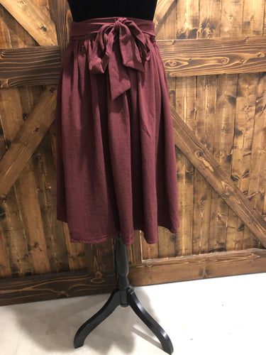 Tie Skirt in Mulberry