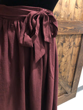 Load image into Gallery viewer, Tie Skirt in Mulberry