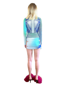 DIGITALLY PRINTED CURVE ENHANCING LONG SLEEVE TOP